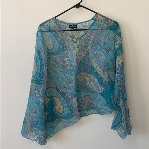 🌻3/20Julia beautiful blouse bundle up to save
